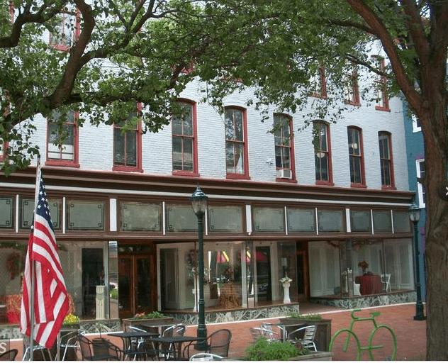 6 WASHINGTON ST, Hagerstown, MD